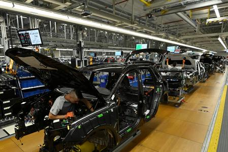 Warning light flashing for Slovakia's auto industry