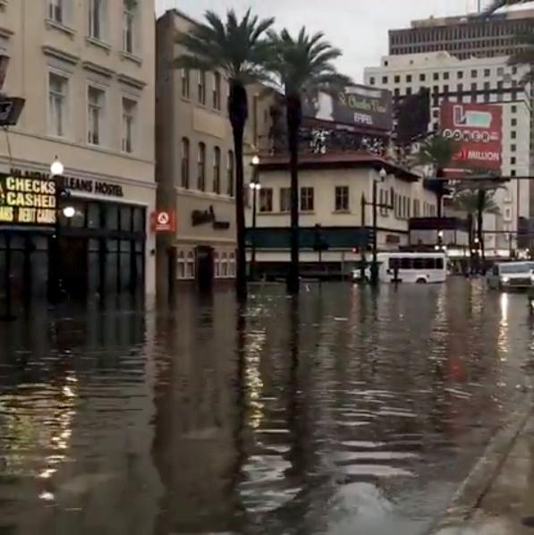 Rainfall floods New Orleans streets, in taste of storm ahead