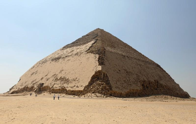 Egypt opens Sneferu's 'Bent' Pyramid in Dahshur to public