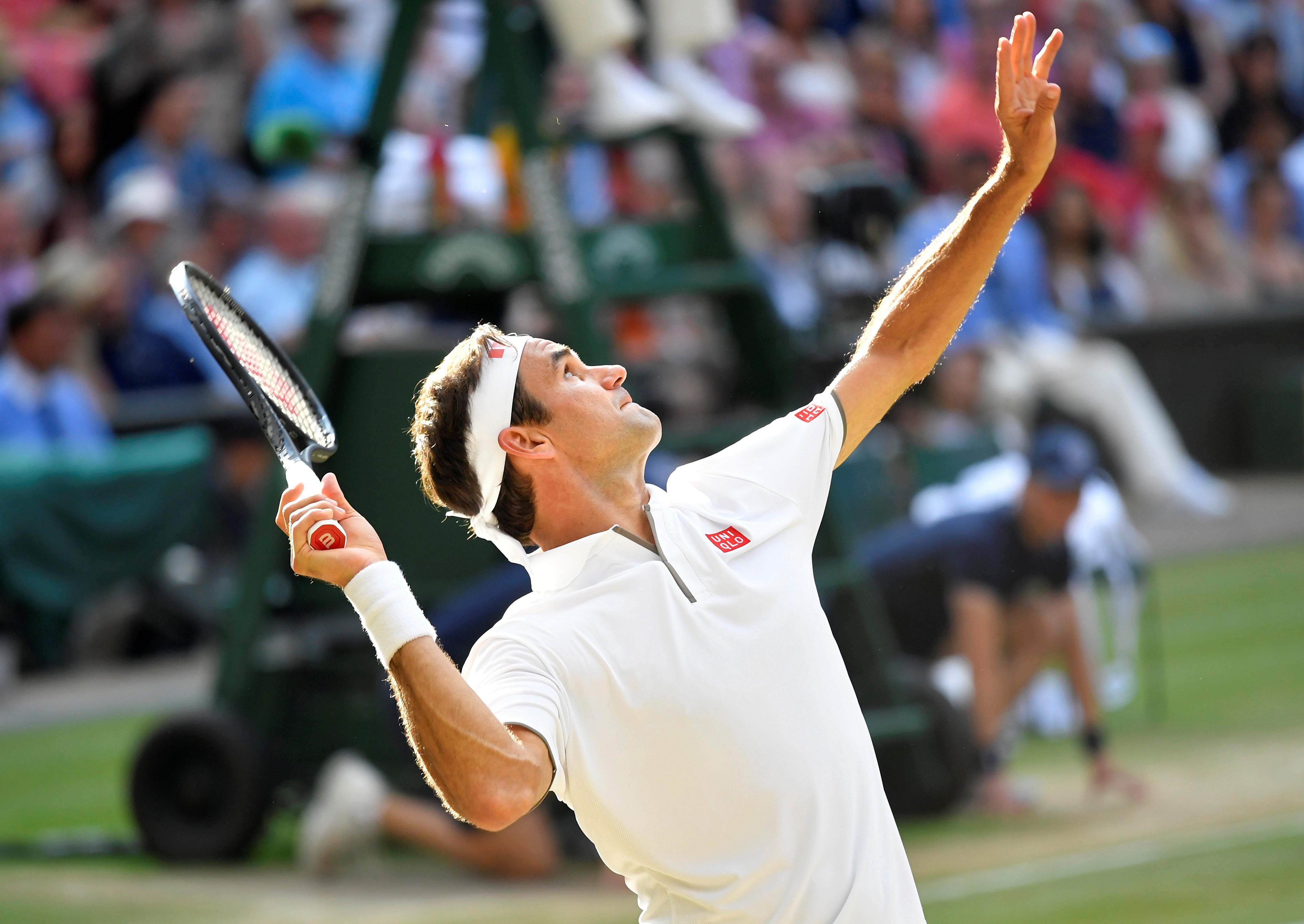 Djokovic bat Federer dans l'épopée de Wimbledon pour remporter son cinquième titre