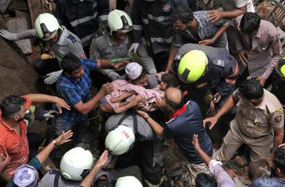 Deadly building collapse in Mumbai