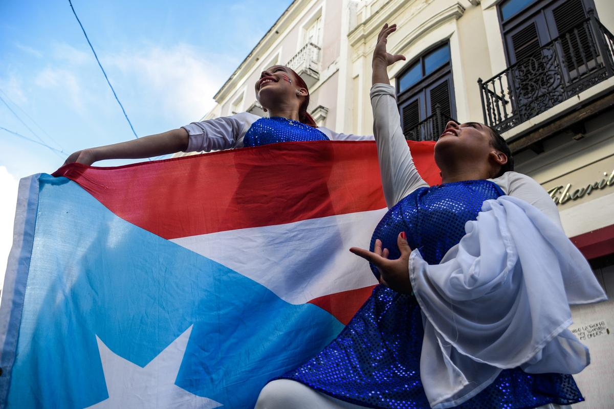 Thousands fill streets of San Juan to demand Puerto Rico's governor resign