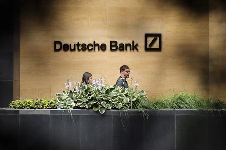 Exclusive: Deutsche Bank's problem derivatives cloud recovery - sources