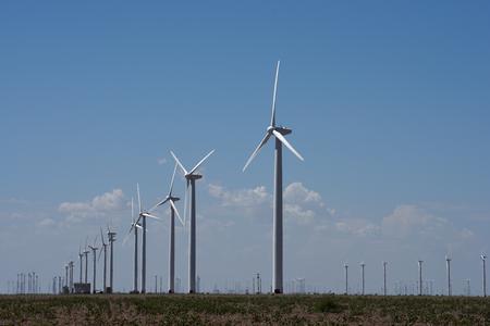 Senators to unveil carbon tax bill to generate $2.5 trillion in 10 years