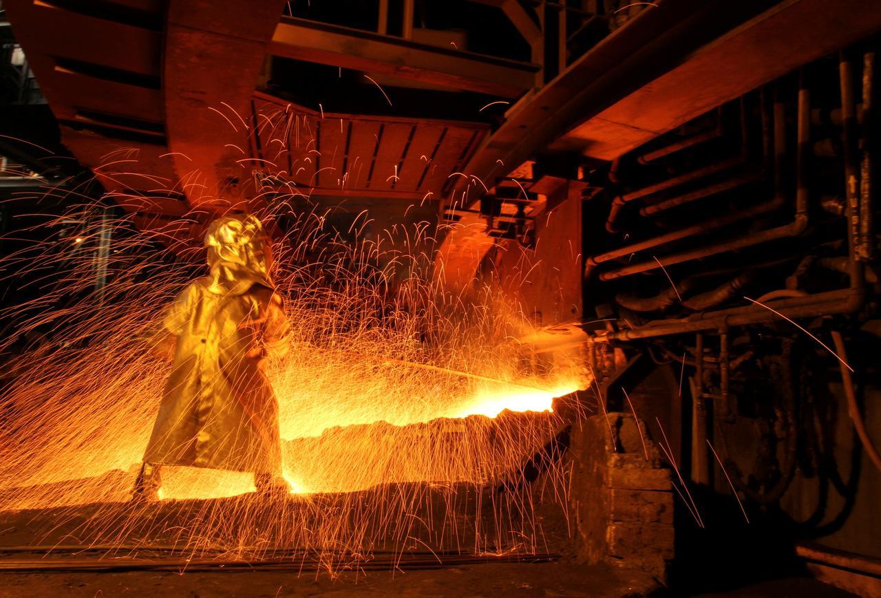 Column: Indonesian supply fears stoke brutal LME nickel battle - Reuters