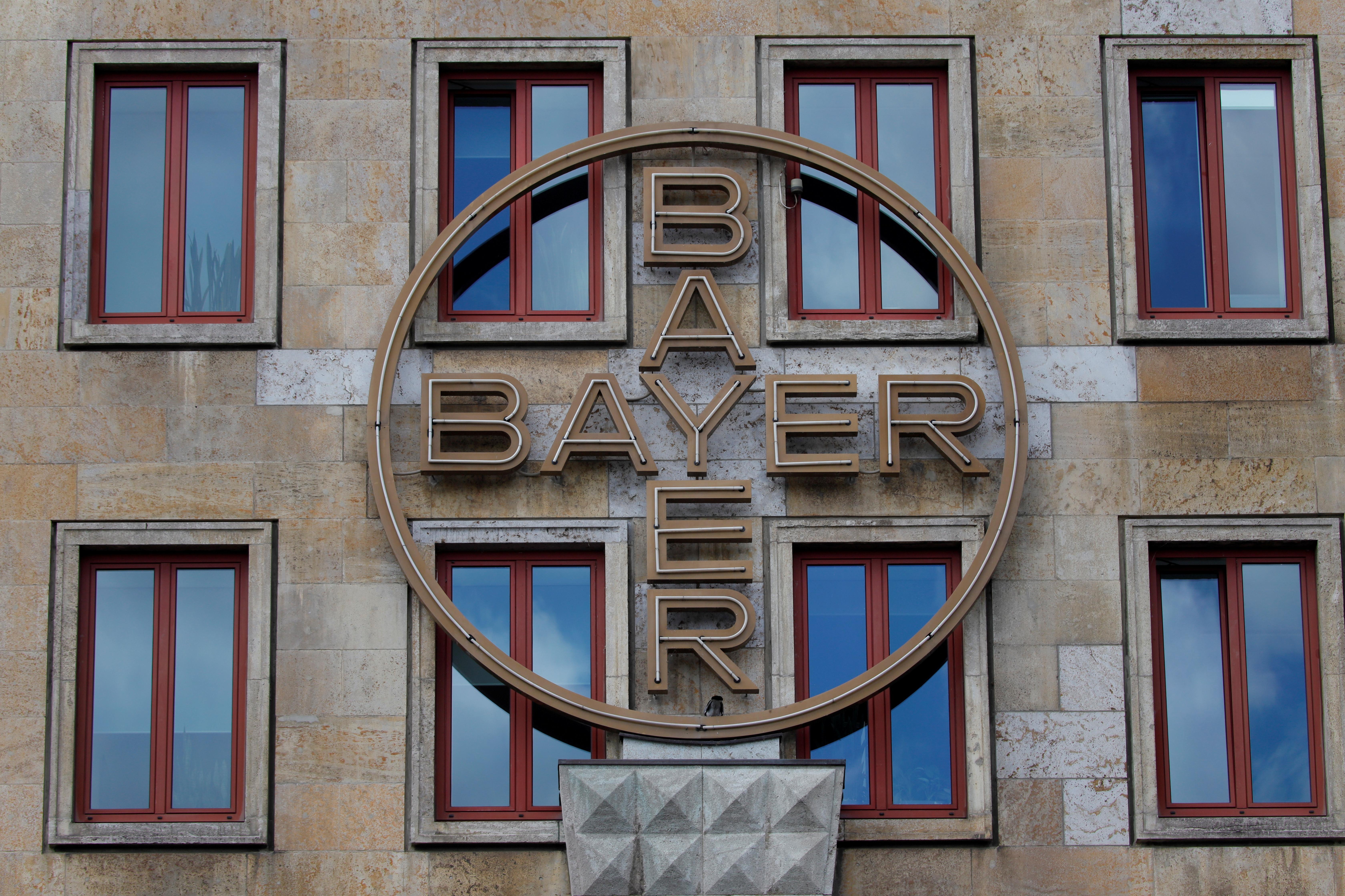Bayer mediator dismisses report of $8 billion Roundup settlement