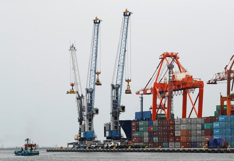 Indonesia seen returning to trade deficit in July
