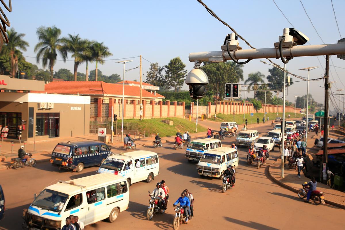 Uganda se geldlose polisies spandeer $ 126 miljoen aan CCTV vanaf Huawei