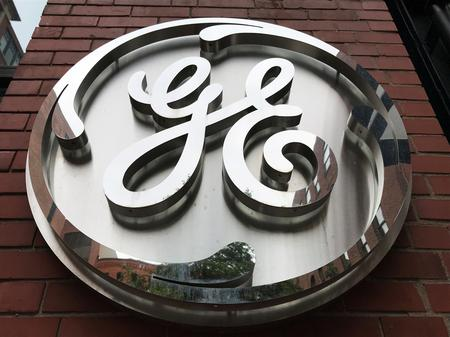 GE shares fall on report that cash situation worse than thought