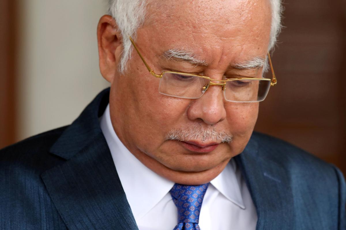Die hof in Maleisië stel die grootste 1MDB-verhoor uit waarna oud-premier Najib betrokke is