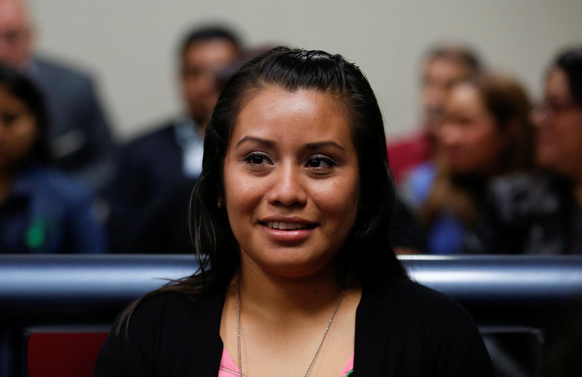 Die hof in El Salvador maak vrou vry wat daarvan beskuldig word dat sy haar doodgebore kind vermoor het