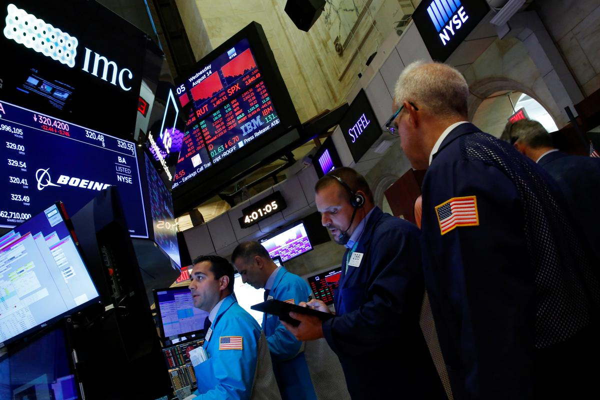 Wall Street rallies on hopes of global economic stimulus