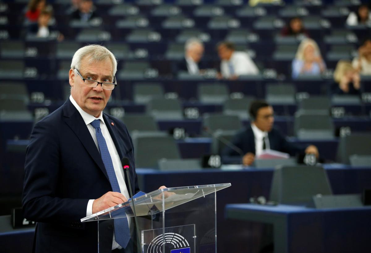 Finse premier het aan die Britse Johnson gesê dat die EU nie die Brexit-transaksie sal heropen nie