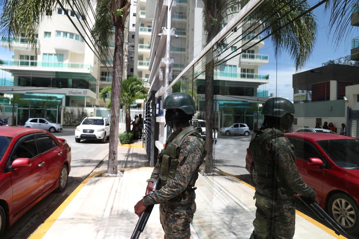 Dominikaanse grootste bende met dwelmhandel wat ontbind is ná klopjagte, sê aanklaer