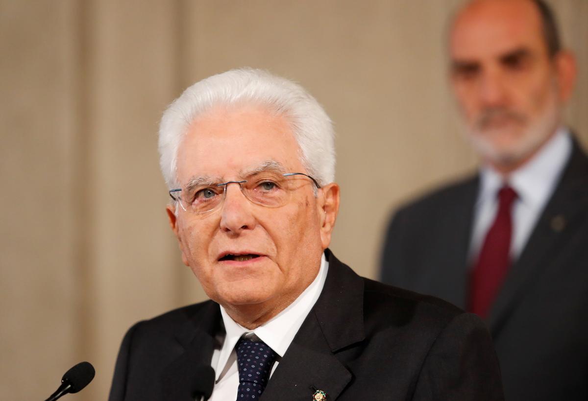 Die president van Italië gee Dinsdag partye om meerderheid te kry