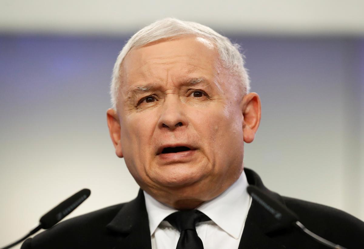Pole se regerende party is getref deur skandale, volgens die peiling