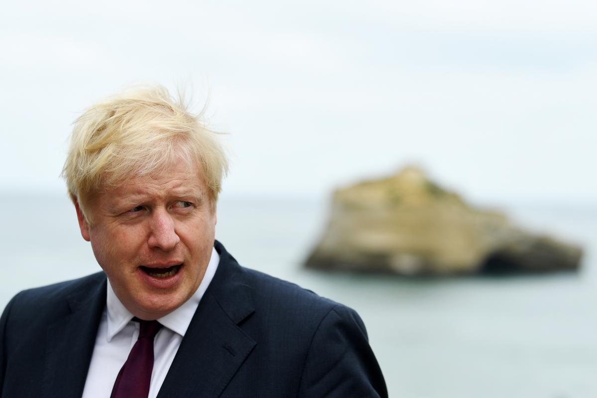 Sink of swem? Britse Johnson neem die G7-oseaan-duik