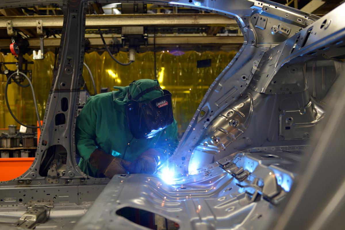 U.S. business investment appears weak in third quarter