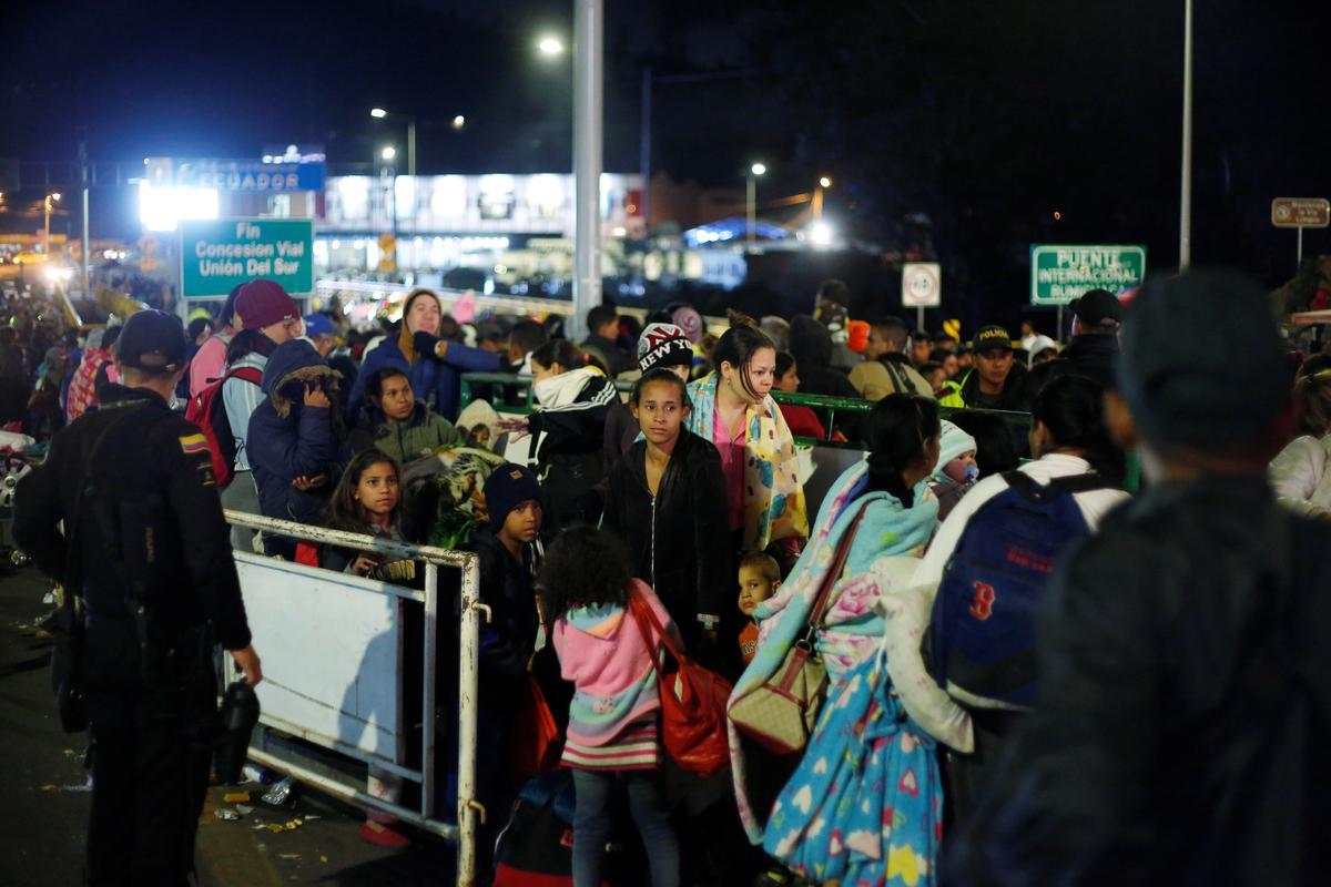 Venezolaanse migrante vloei in Ecuador voor nuwe visumbeperkings