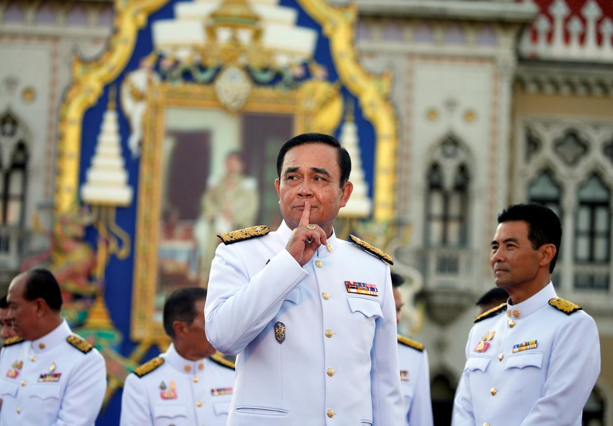 Thaise premier het die grondwet oortree deur nie te belowe om dit te handhaaf nie: ombudsman