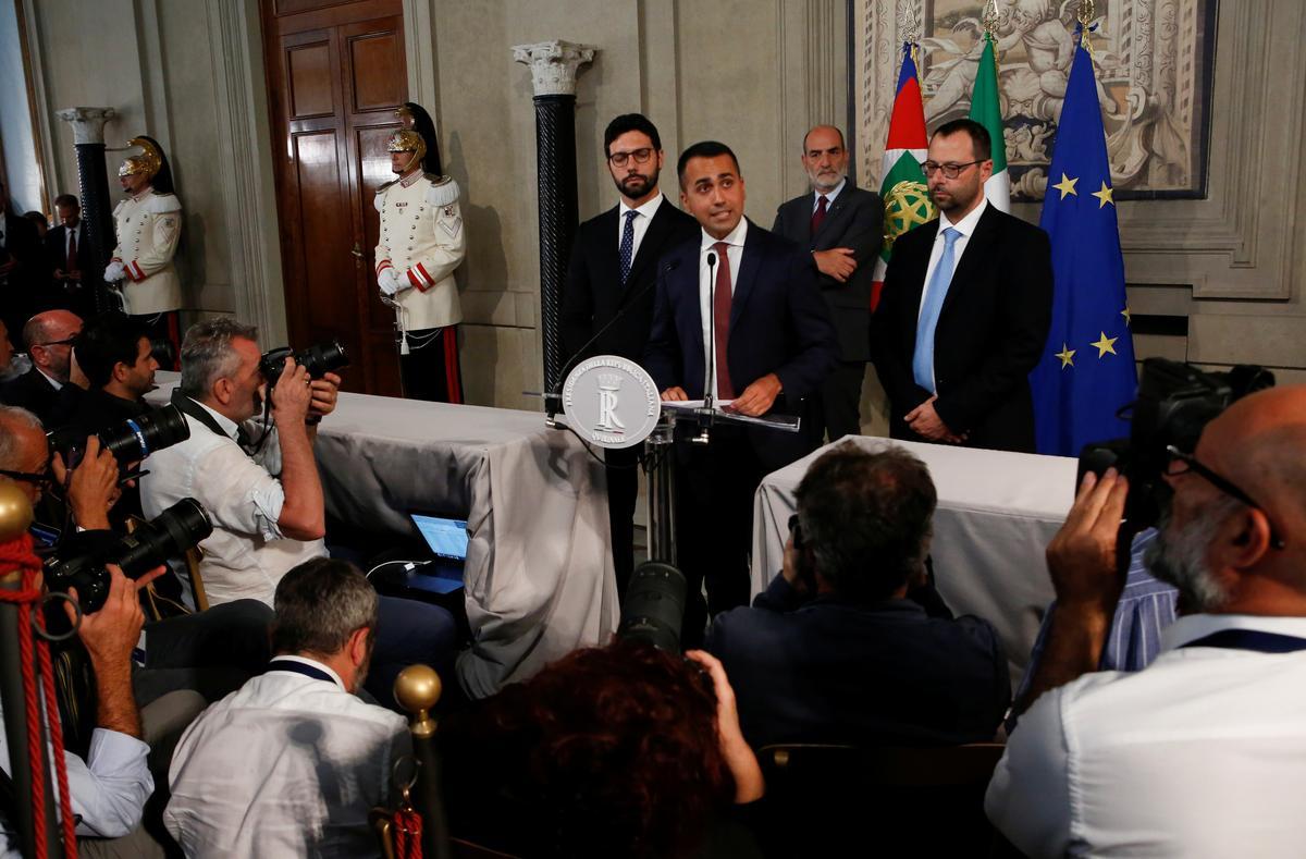 Italië se 5-ster skors samesprekings met PD, soek Conte se verbintenis
