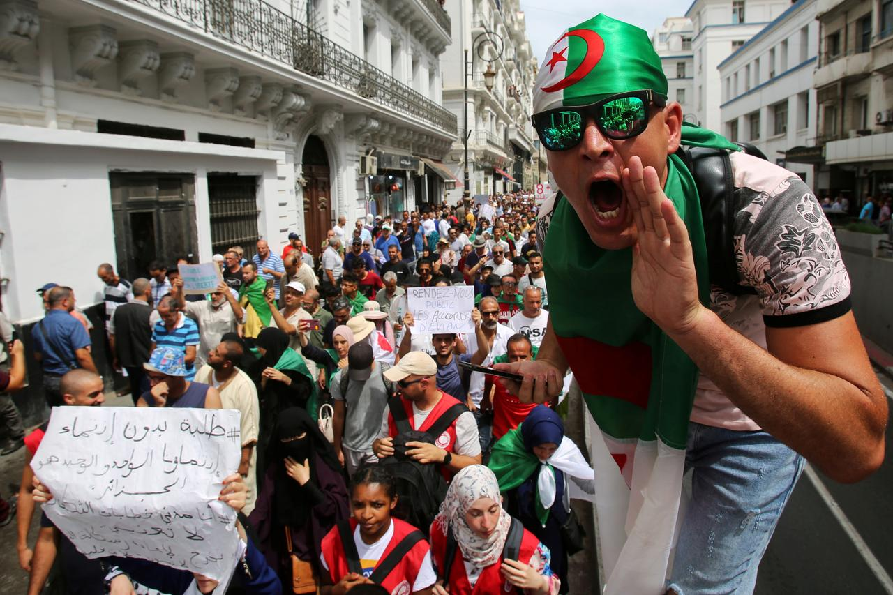 Algerian economy creaks at the seams after six months of