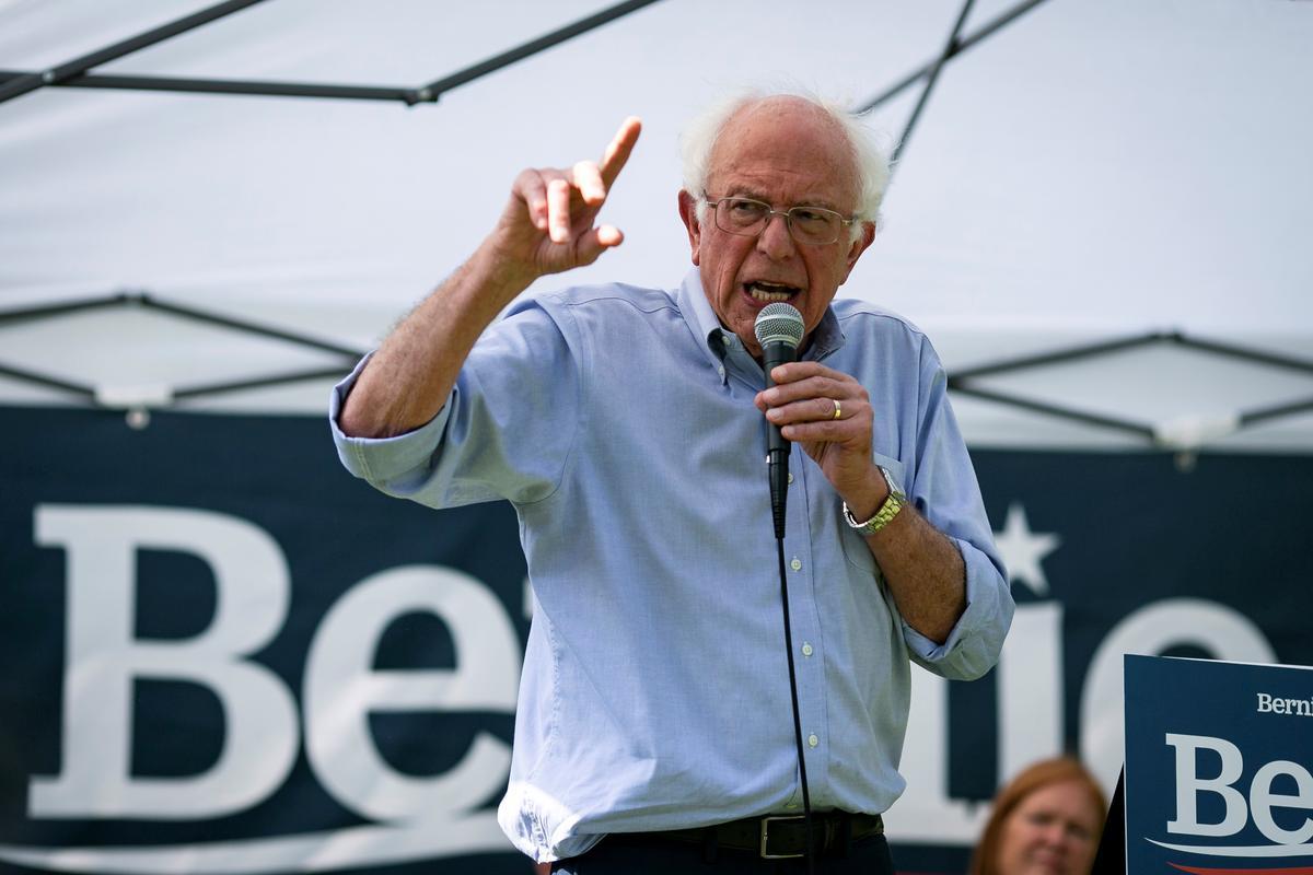 Die Amerikaanse presidentskandidaat Bernie Sanders mik na korporatiewe media, tegniese reuse