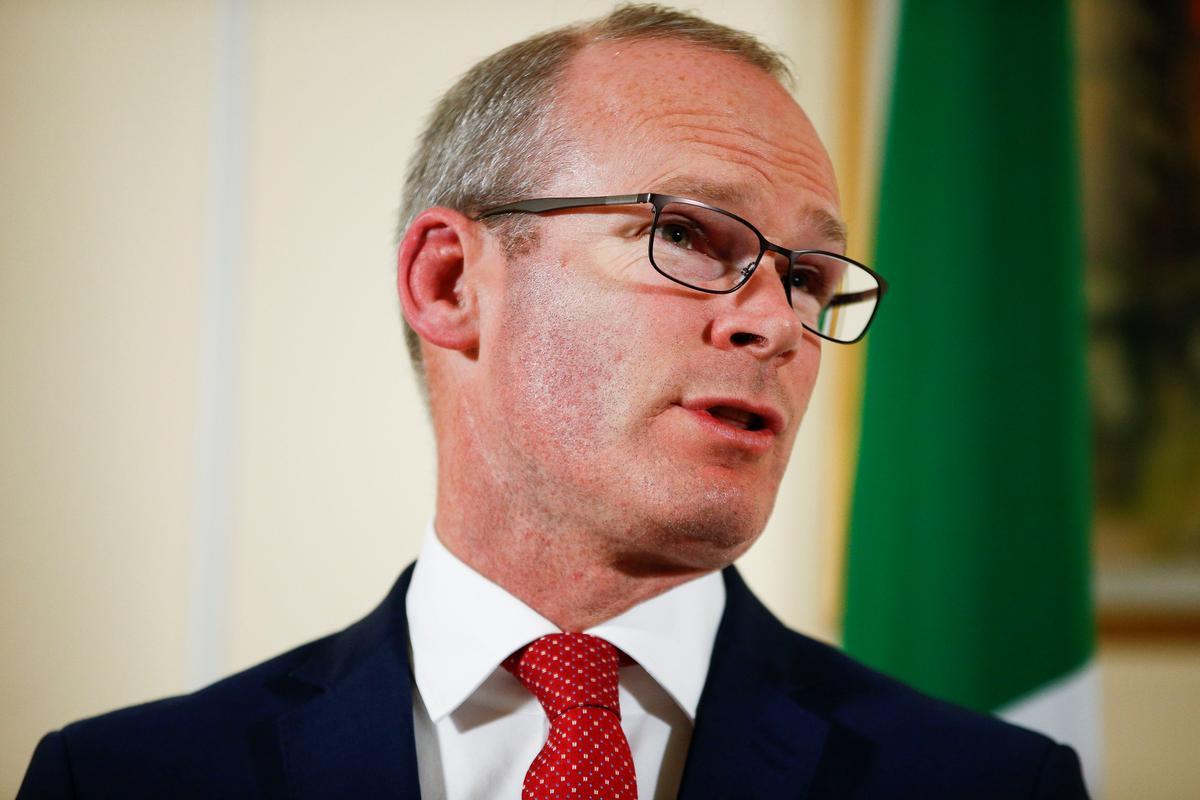 Ierland se Coveney: kan nie Brexit-rugstop in kort tyd heronderhandel nie