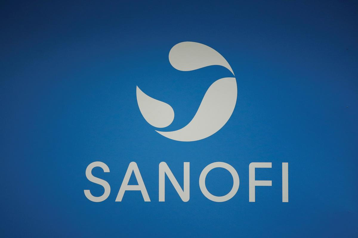U.S. judge rules for Regeneron, Sanofi in Amgen cholesterol drug patent fight