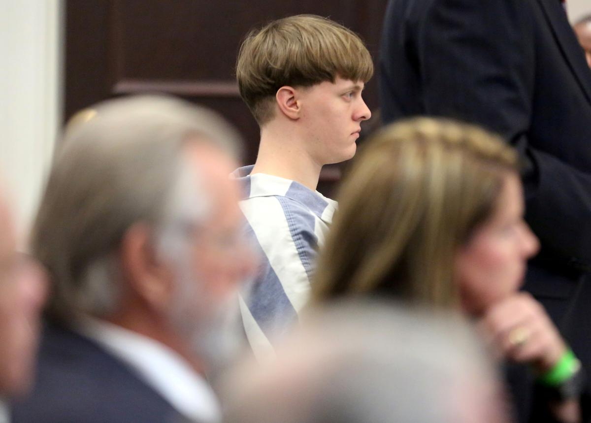 Victims of Dylann Roof mass shooting can sue U.S. over his gun purchase: appeals court