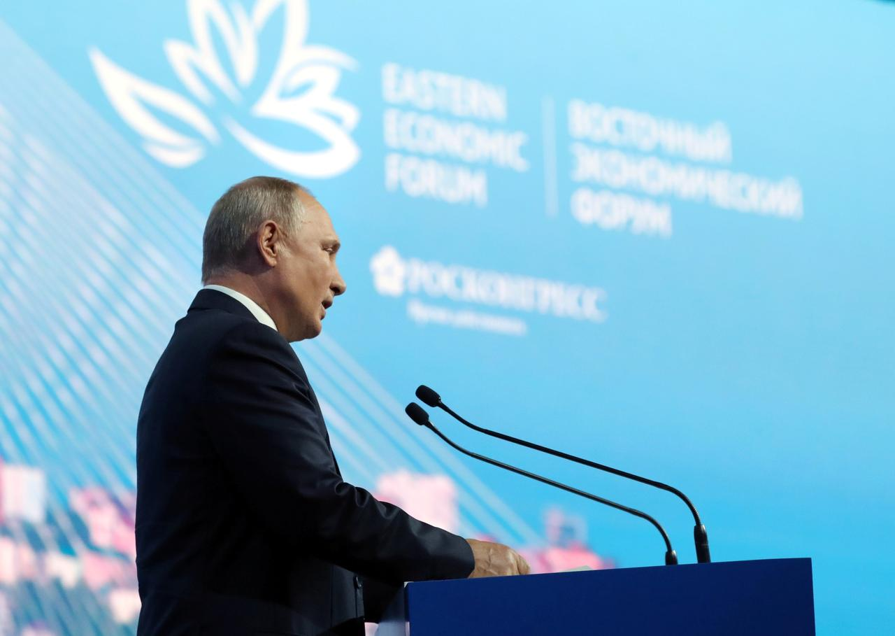 Russia's Putin: need wider G7-style group, with China, India