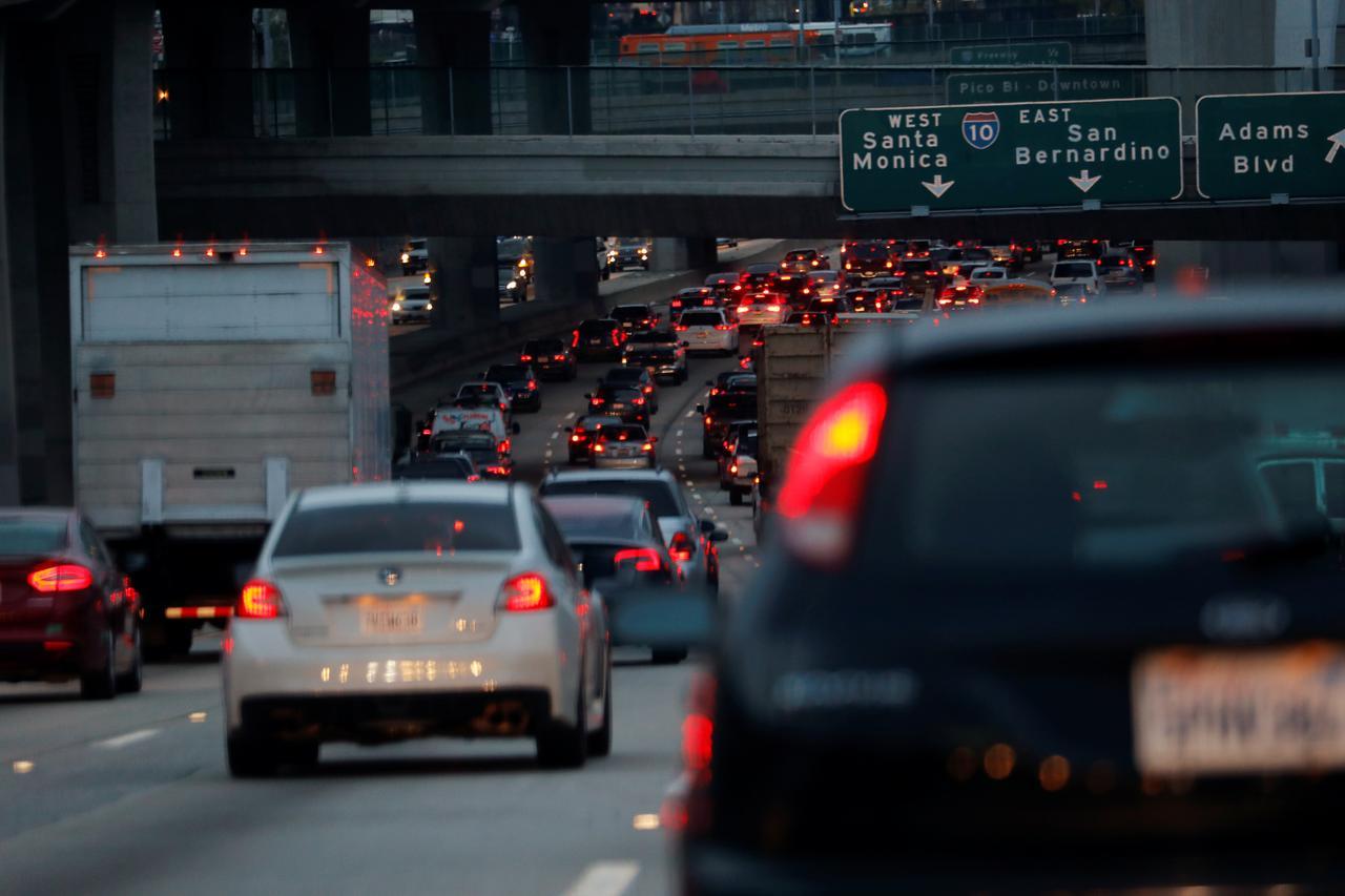 U S  moving to block California vehicle emissions rules
