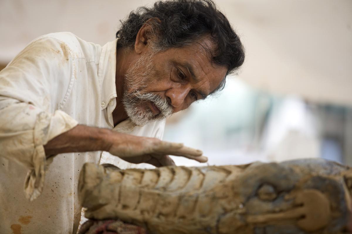 Francisco Toledo, kunstenaar en aktivis wat lewe ingegooi het in Mexikaanse tradisies, dood op 79