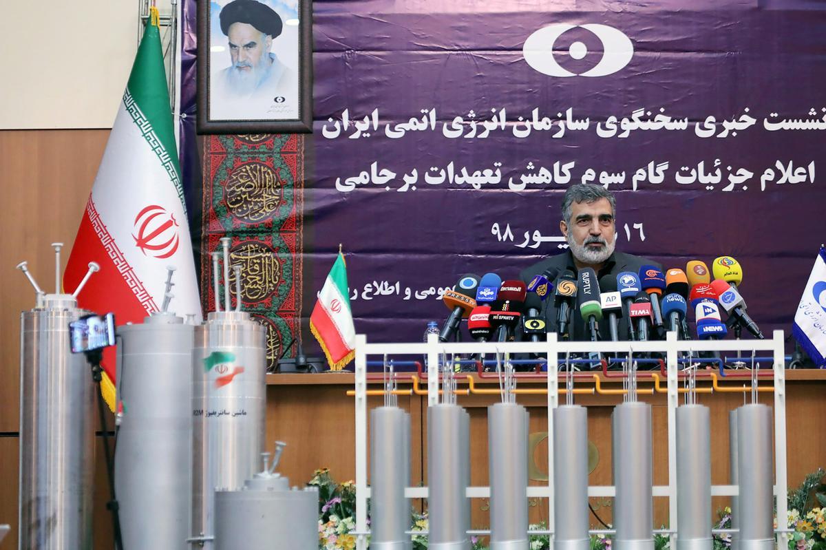 Iran verbreek die kernooreenkoms verder en sê dit kan die verryking van 20% oorskry