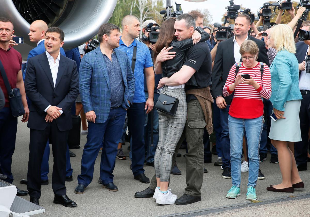 Rusland, Oekraïne omruil gevangenes as eerste teken van ontdooiende betrekkinge