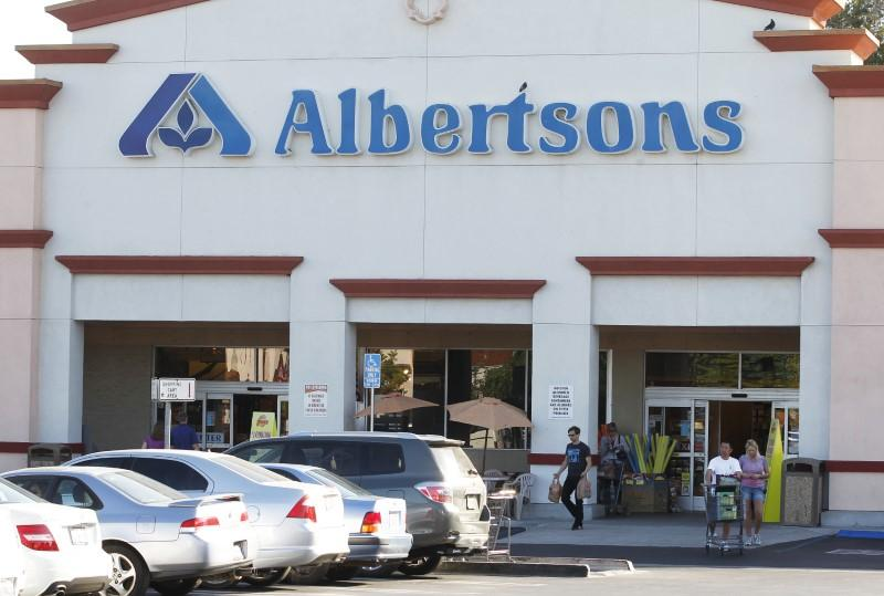 Albertsons Companies joins supermarkets in changing guns policy
