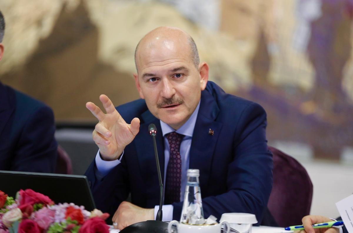 In Istanboel, burgemeesters van Ankara, loop die gevaar nie om vervang te word nie