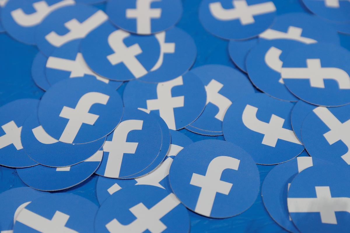 Rusland sê Facebook het Google politieke verkiesings op die verkiesingsdag versprei