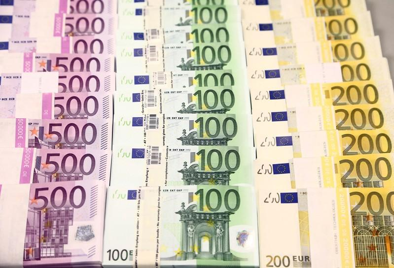 Euro gains on hopes of German fiscal stimulus - Reuters