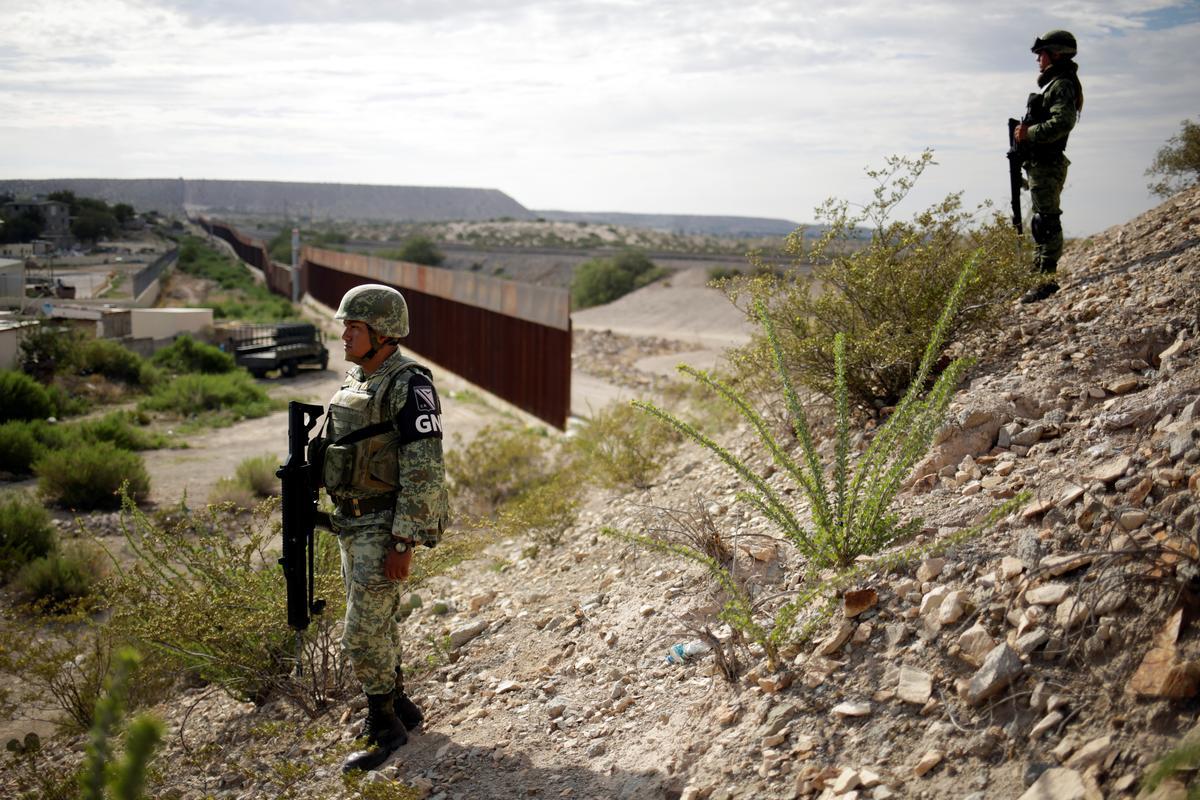 VSA krediteer Mexiko, Sentraal-Amerika vir die skerp daling van die grensaanhoudinge