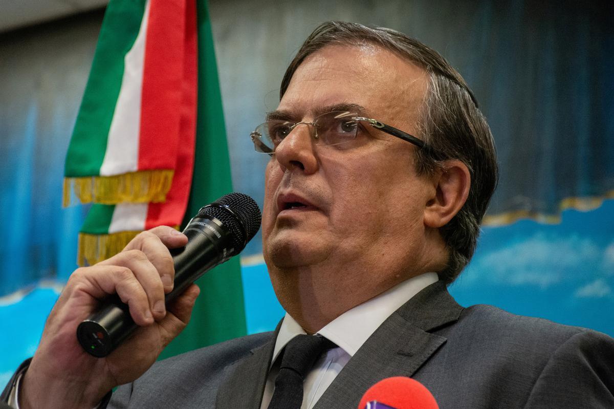 Mexikaanse minister van Buitelandse Sake noem 'n skerp afname in immigrasie na die VSA