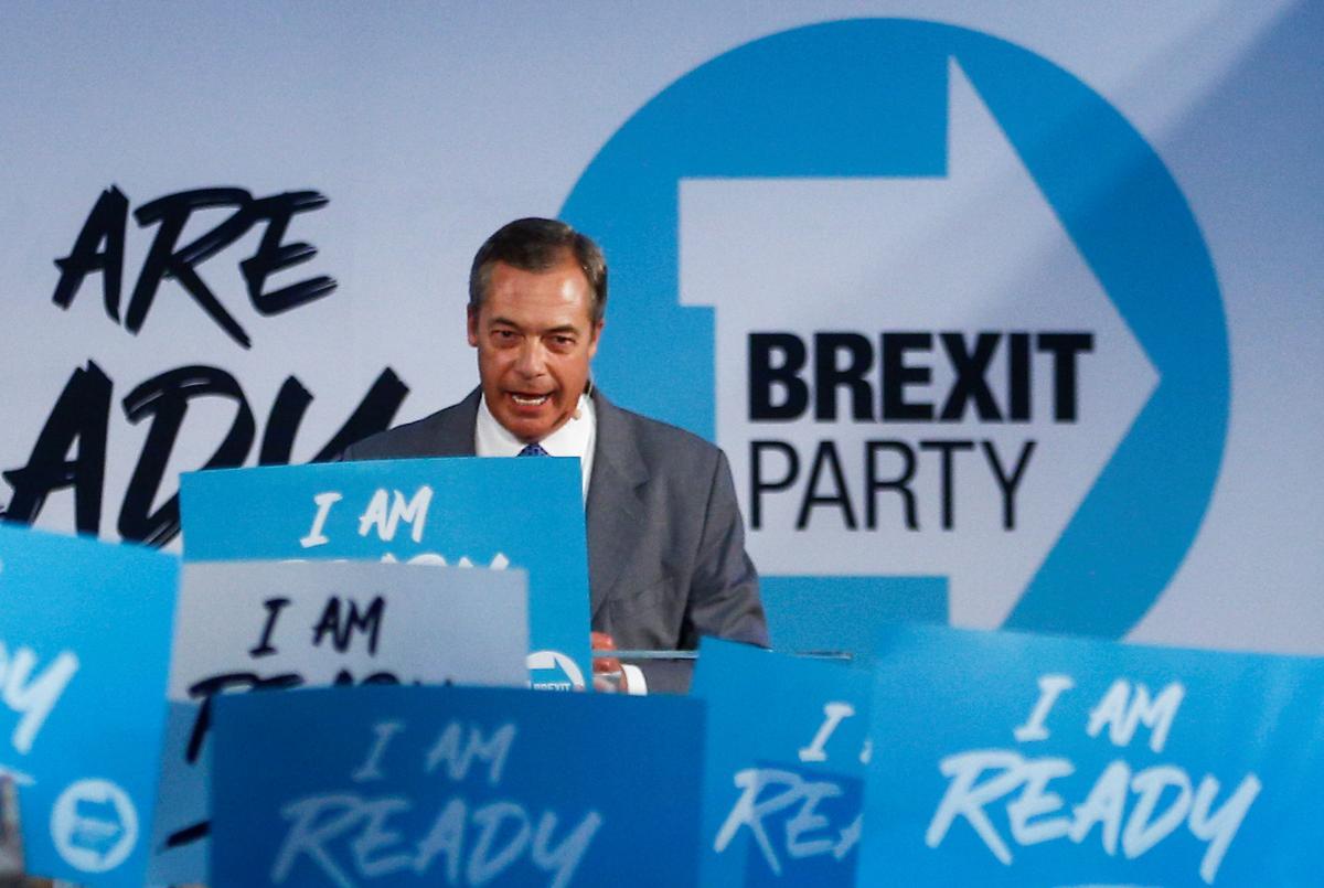 Farage waarsku die Britse premier van die Britse minister van verkiesing oor Brexit