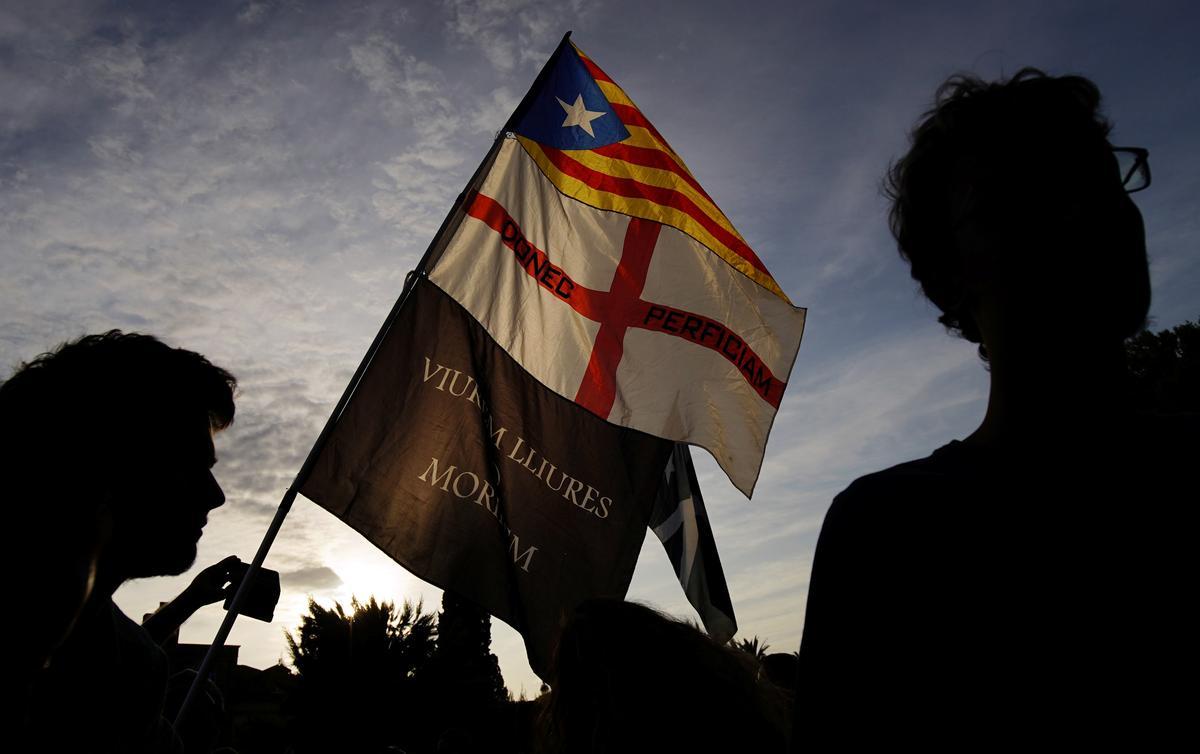Katalaanse separatiste marsjeer na onafhanklikheid te midde van verdeling van taktiek