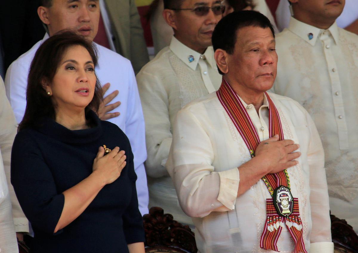 Filippynse vise-president blaas 'roekelose' Duterte oor die ooreenkoms met China