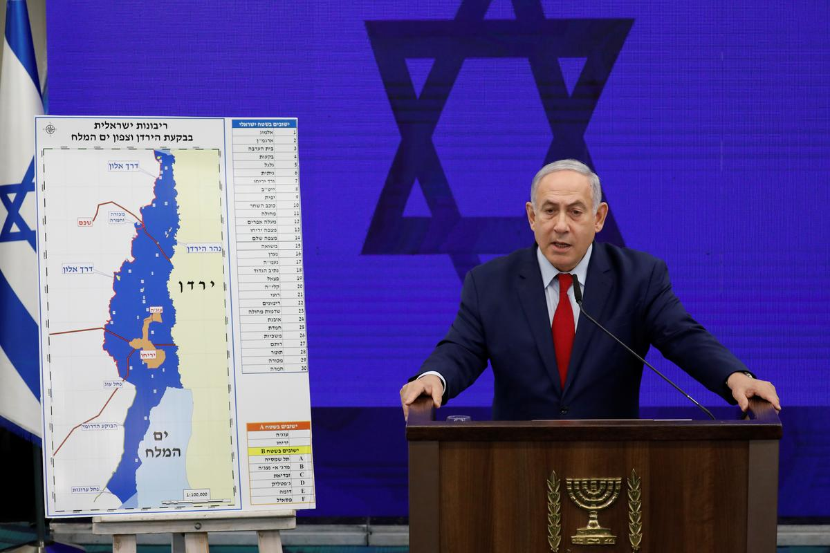 With Gaza war talk, Russia visit, Netanyahu fights on in election race