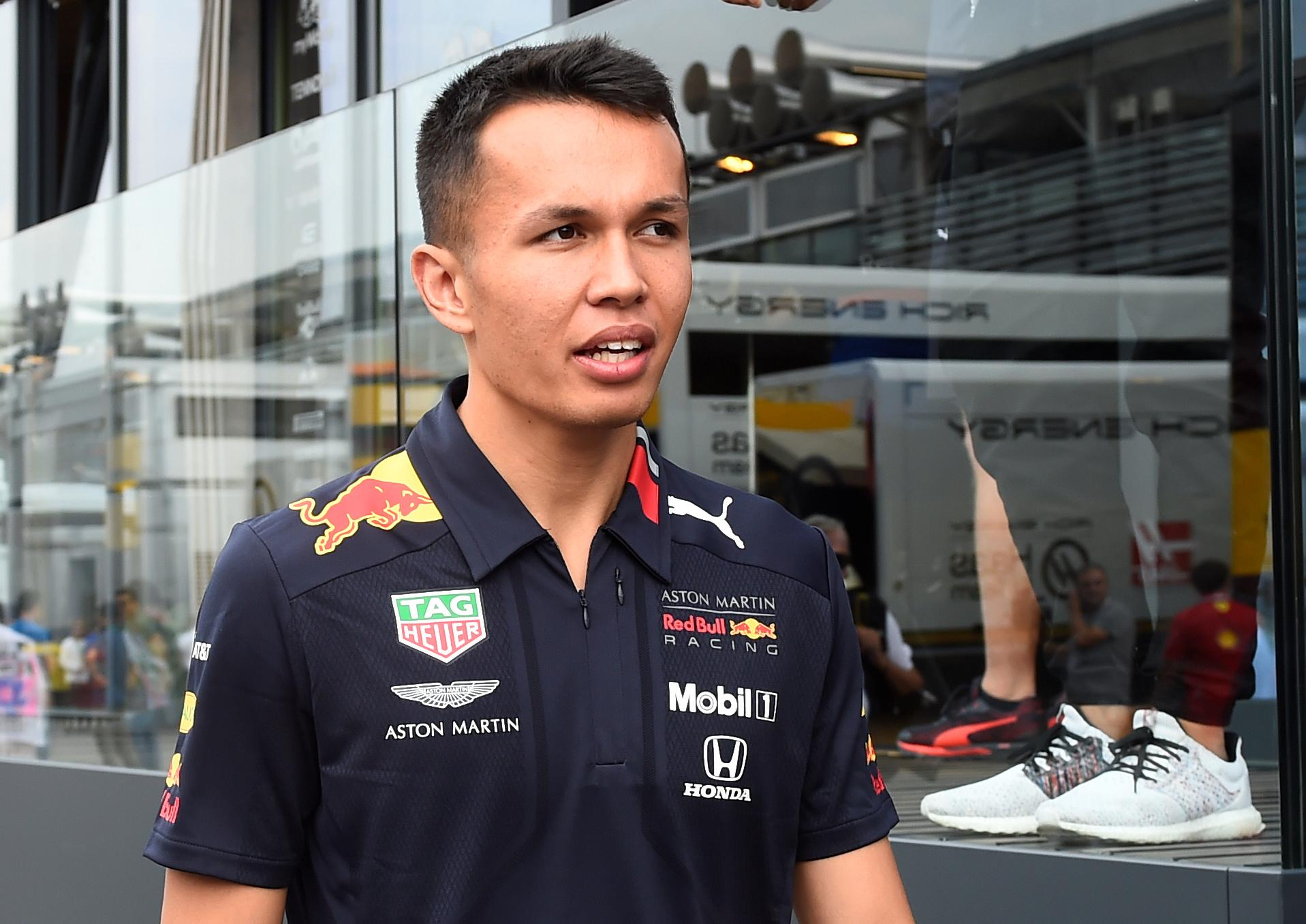 Toro Rosso's Tost expects Albon to stay at Red Bull