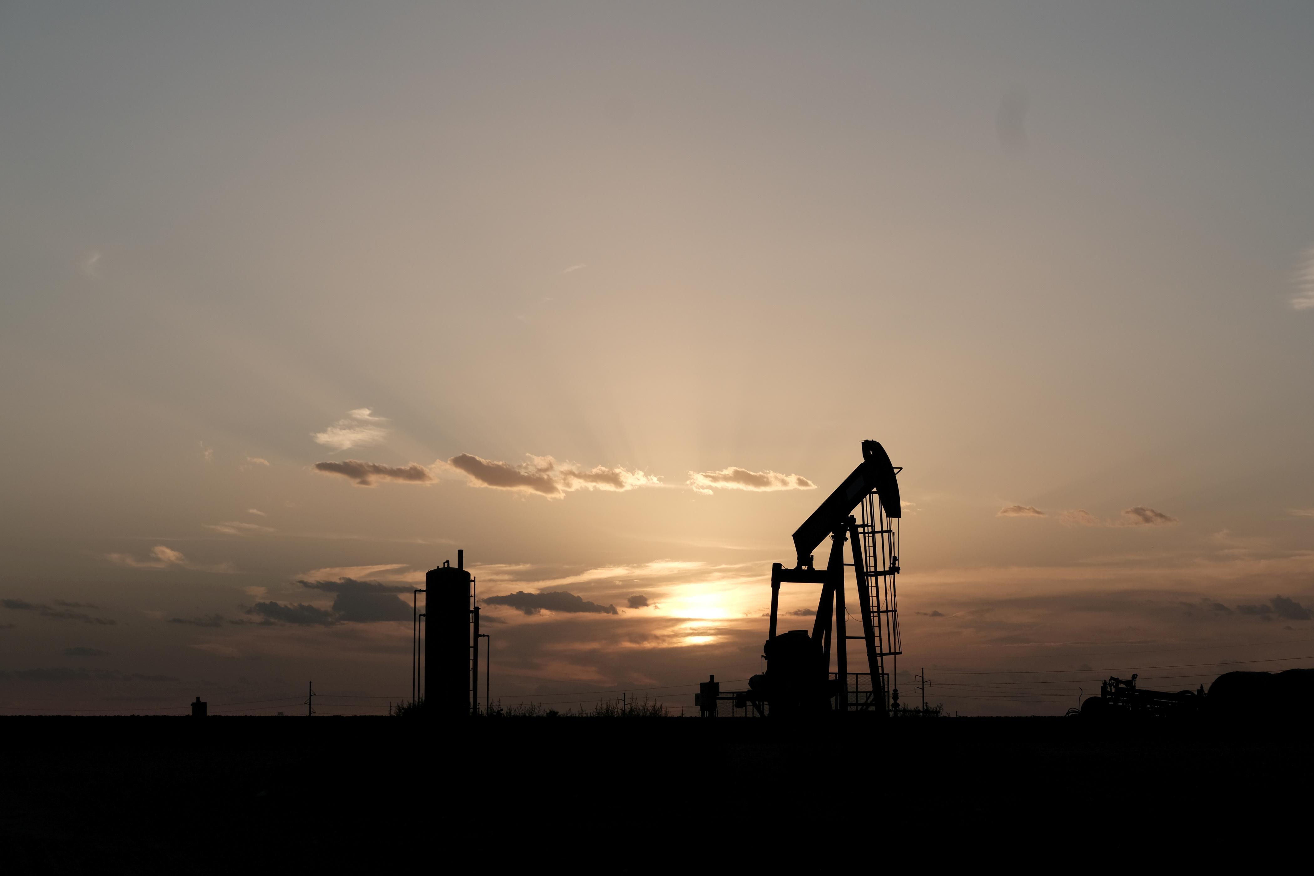 Oil dips as demand concerns counter U.S.-China trade hopes