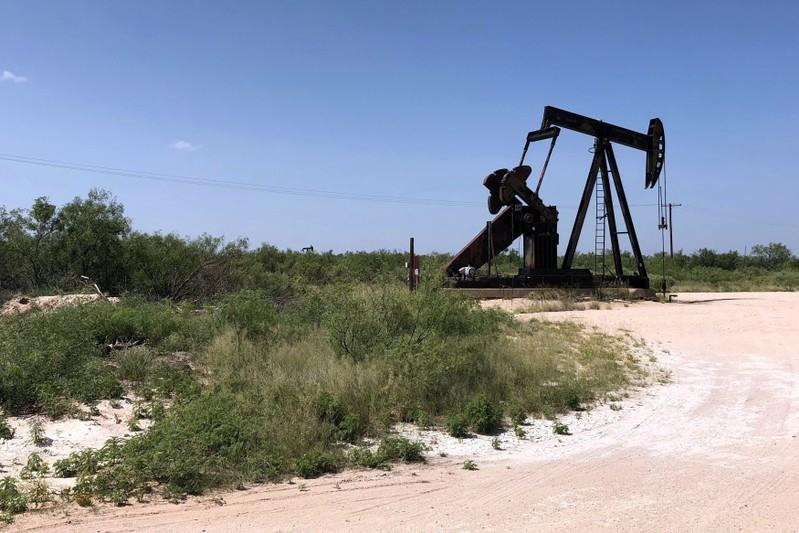 U.S. shale oil output to rise to record 8.8 million bpd in October:...