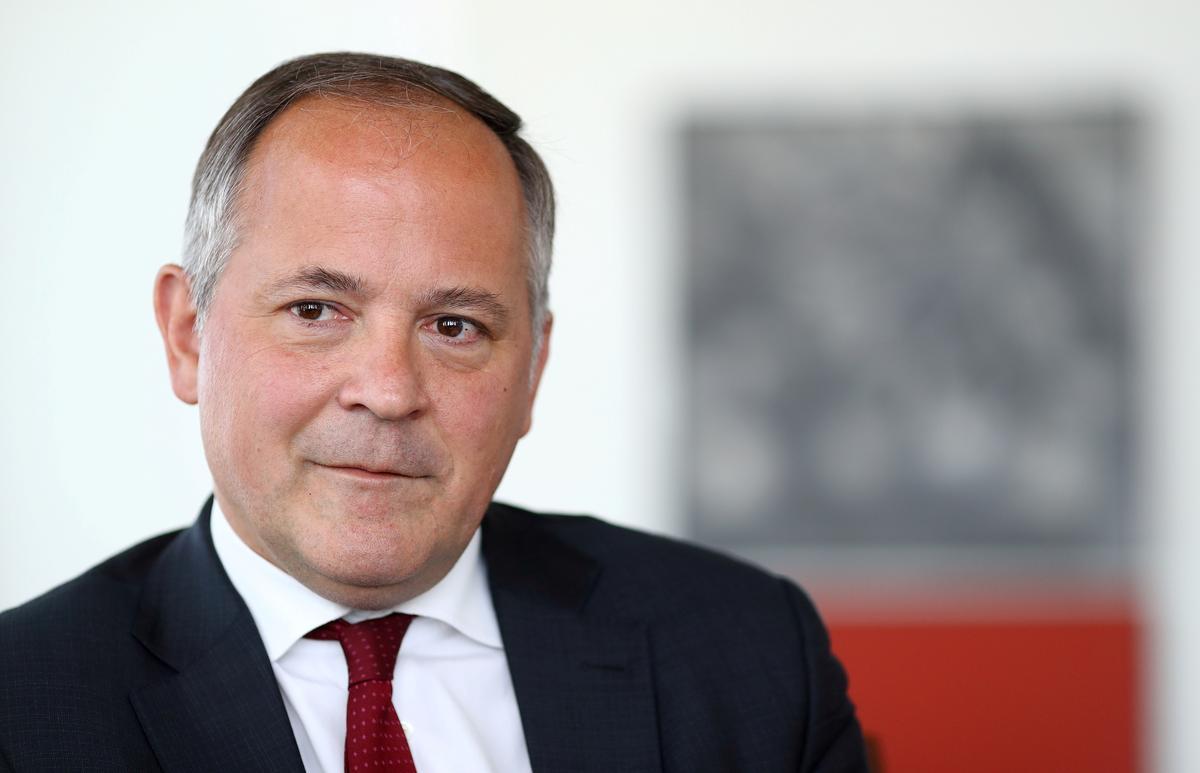 Facebook se Weegskaal sal ontwrigtend wees, sê Coeure, ECB