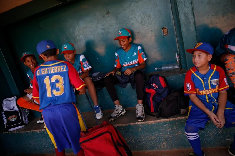 Young Venezuelan ball players 'wanted to stay' in U.S.